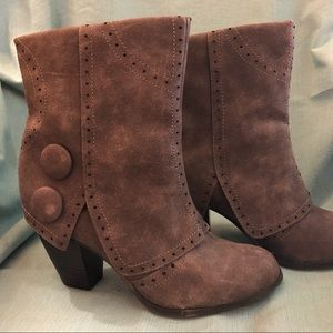 Not Rated-Beautiful Fall Boots!